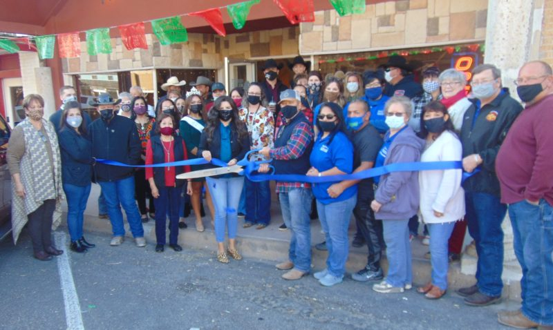 Ribbon Cutting: Mesquite Tree Gifts, Ice Cream & Coffee Shop  11/28/2020